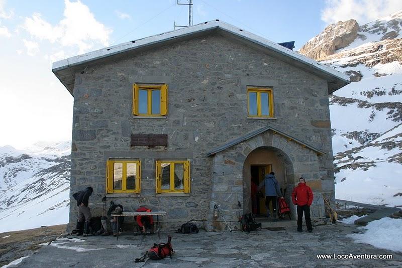 Monte perdido locoaventura for Oficina turismo torla