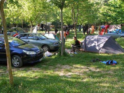 oscuros-camping.jpg