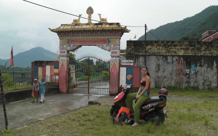 Entrada al refugio tibetano