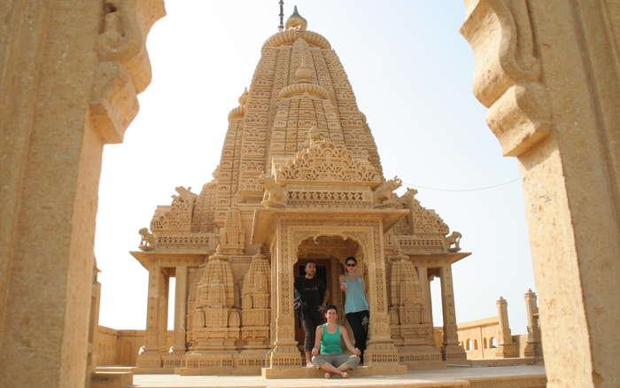 Templo cercano a Jaisalmer