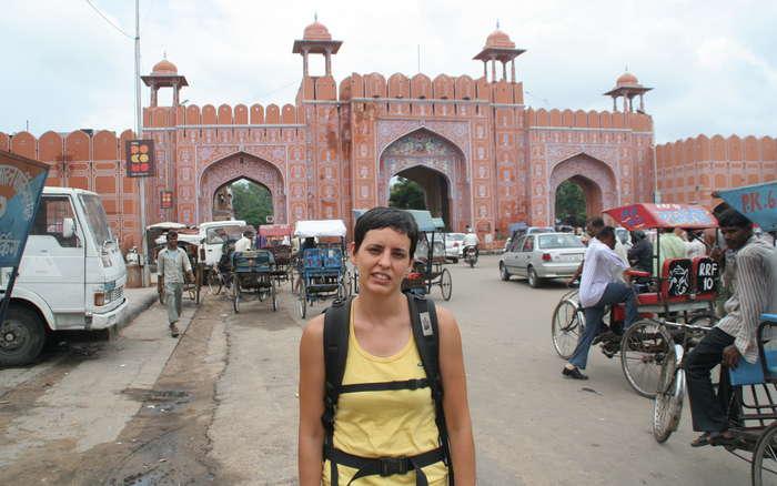 Una de las puertas de la muralla de Jaipur